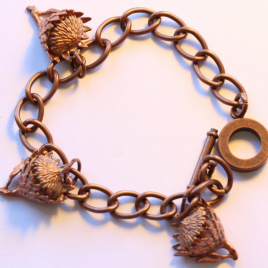 King Protea (small) bracelet in bronze