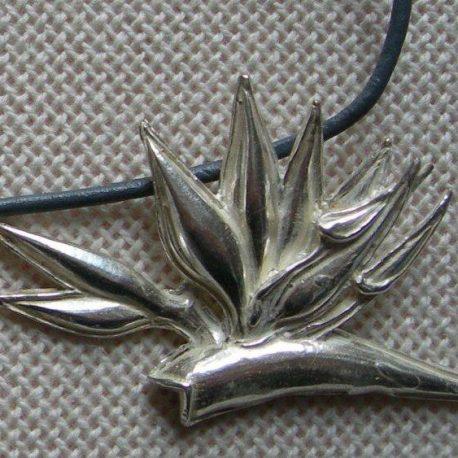 Pendant strelitzia in silver