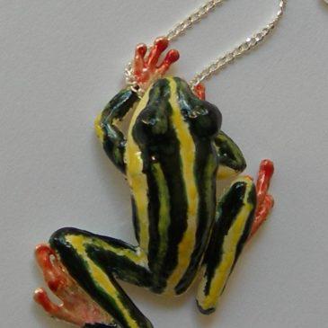 frog pendant exquisite enamel & silver jewellery
