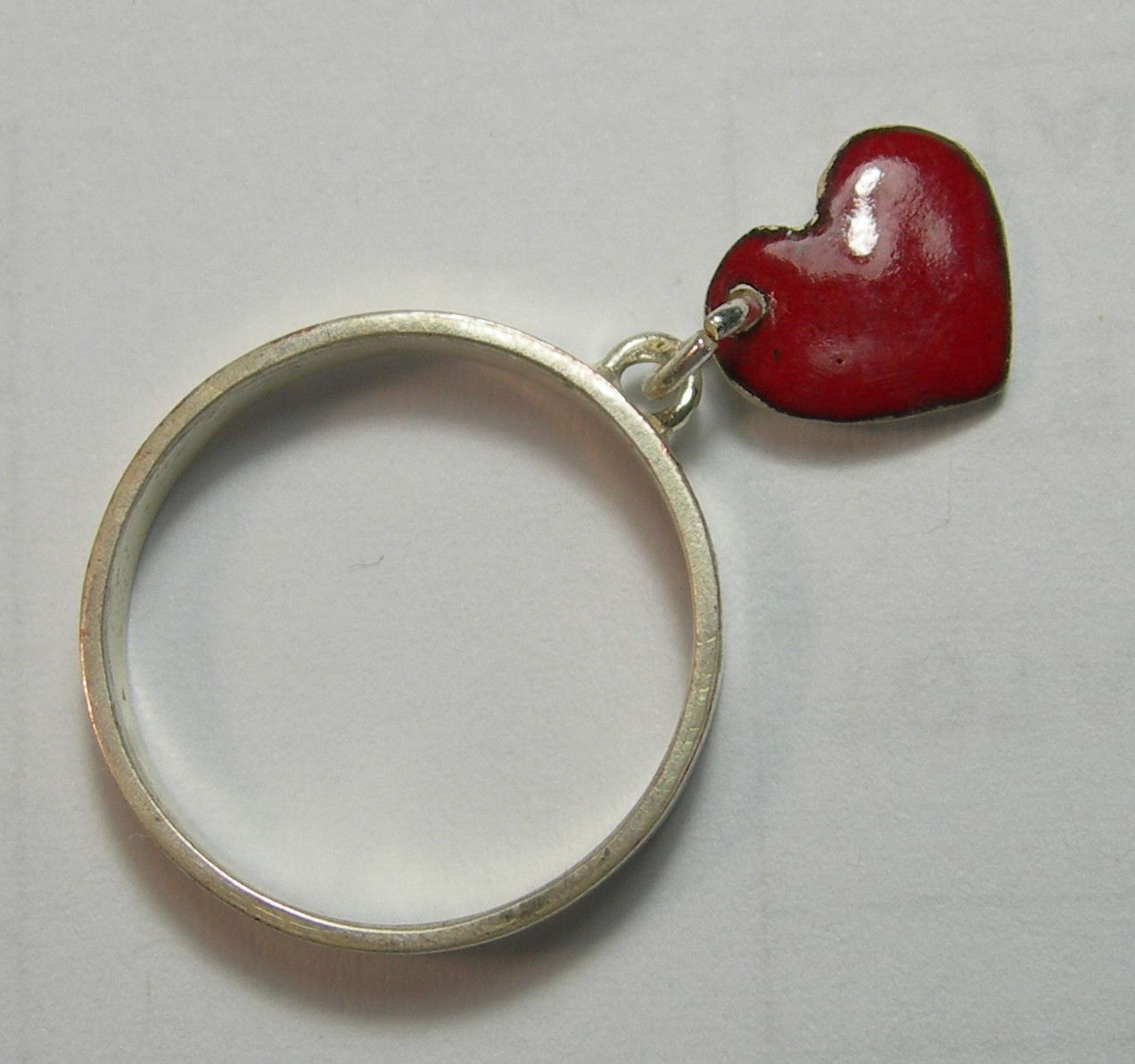 Red heart charm ring