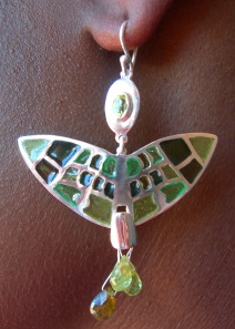 Earrings in sterling silver with faceted tourmaline & briolette peridot