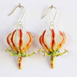 Flame Lily (medium) earrings in plated silver