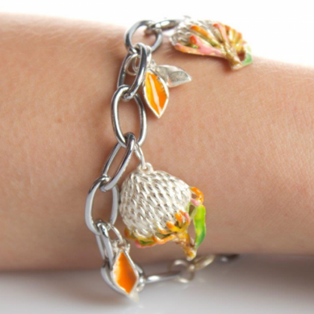 Pin-cushion bracelet