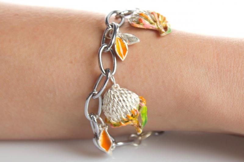 Pin-cushion (small) bracelet
