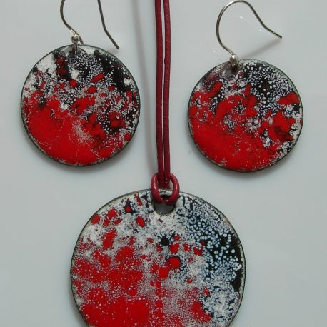 Red set earrings & pendant in copper and vitreous enamel