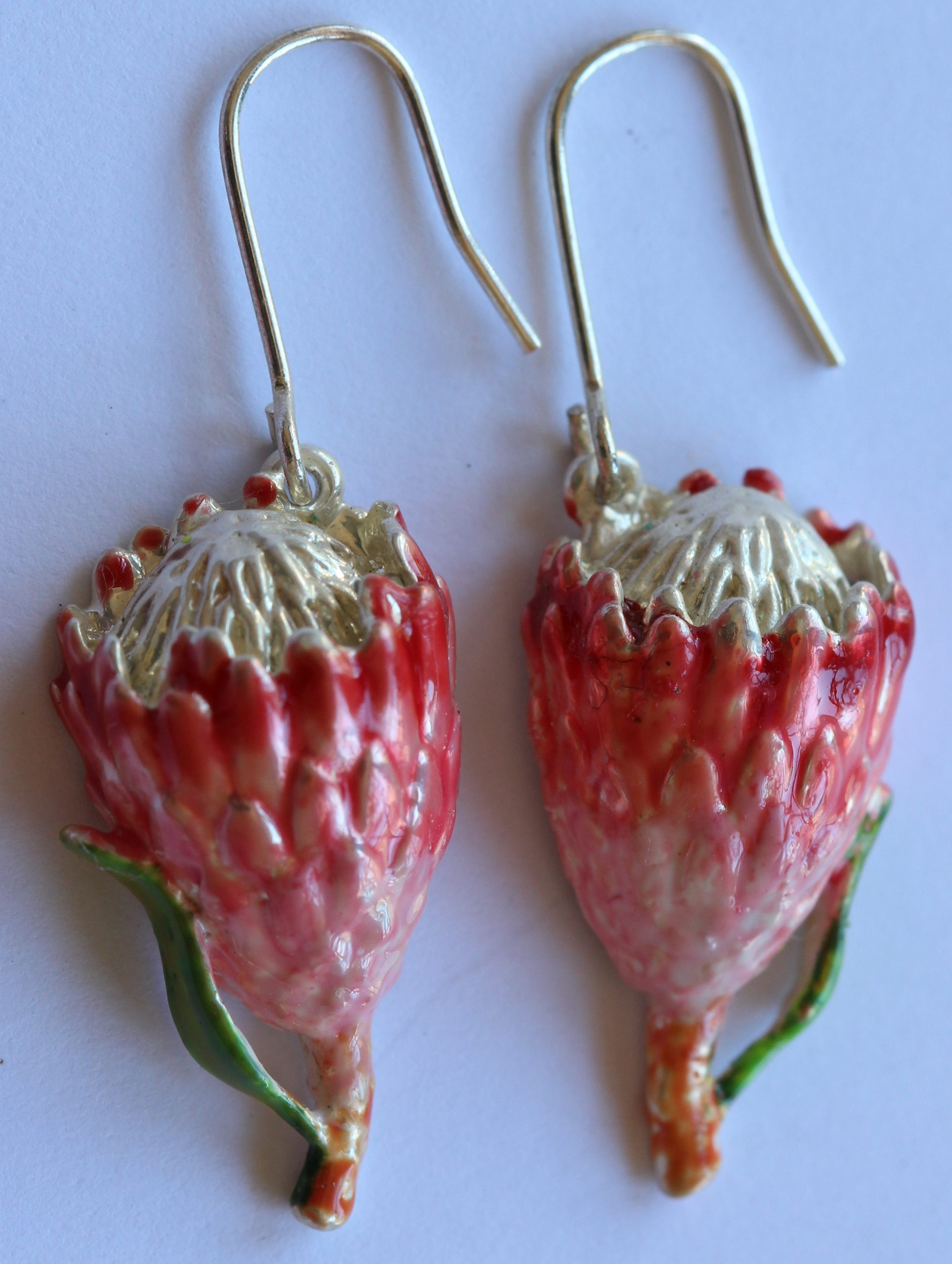 Queen Protea (small) earrings plated silver