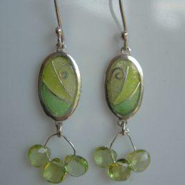 Chartreuse oval earrings in sterling silver