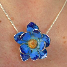 Cornflower blue pendant in sterling silver