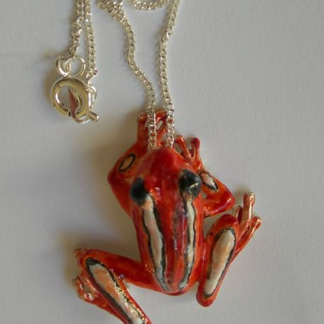 Frog small pendant