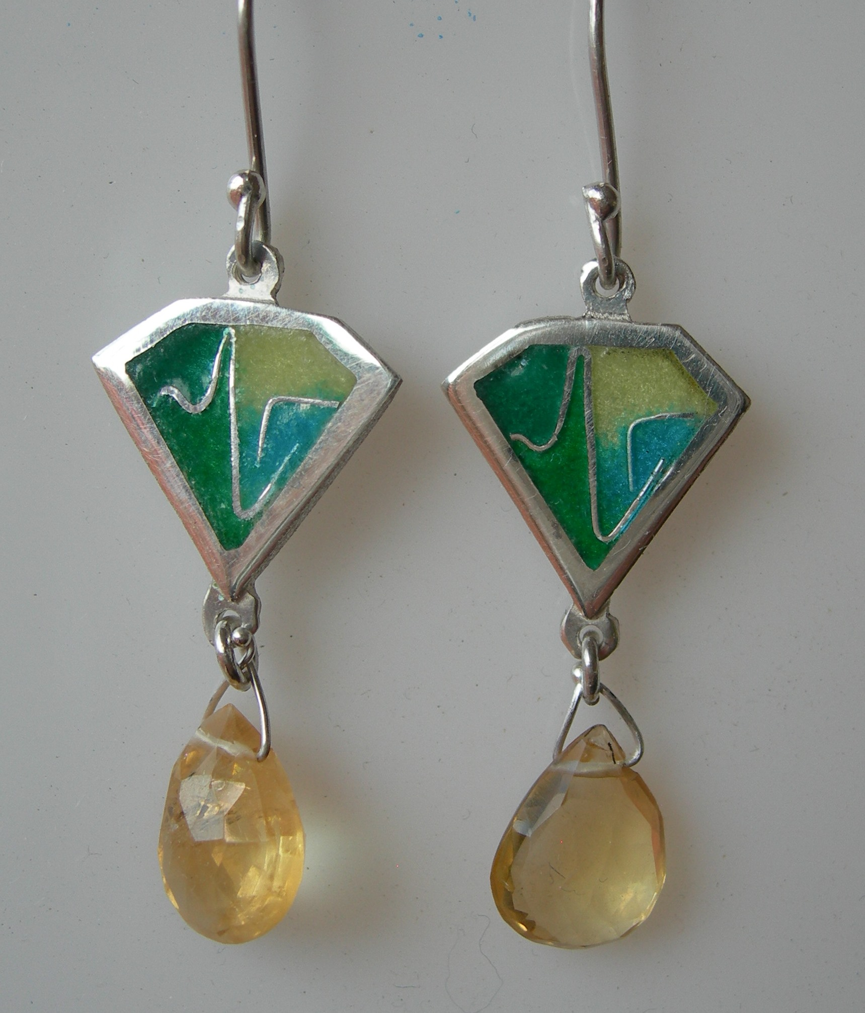 Green kite earrings in sterling silver