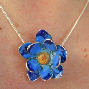 Blue flower pendant in vitreous enamel