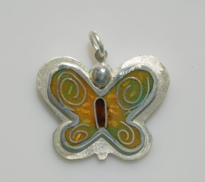 Butterfly of happiness pendant in sterling silver with cloisonné vitreous enamel